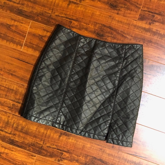 Black Faux Leather Quilted Slit Mini Skirt XS S